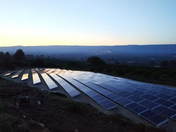 solaranlage-panels-frisch-montiert
